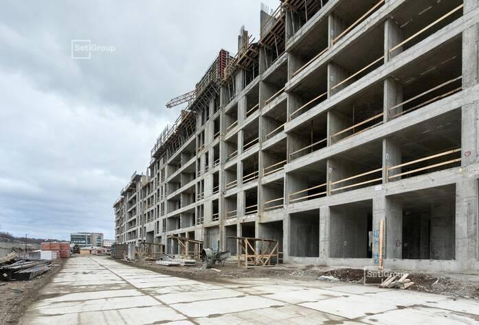Выполнено бетонирование стен и перекрытий на уровне 6 этажа.