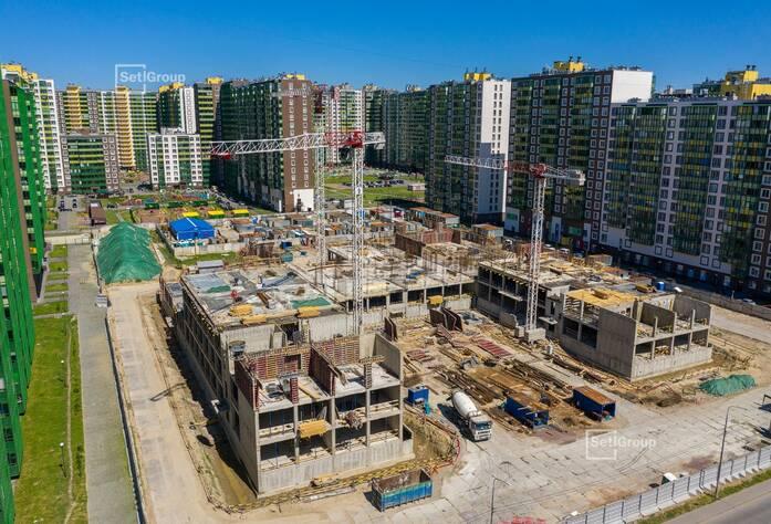 Завершены работы по устройству монолитных конструкций надземной части здания на уровне 1 этажа.