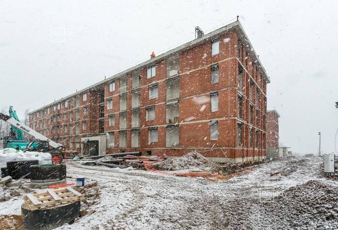 Завершены работы по устройству инженерных коммуникаций в МОП и квартирах на уровне 4 этажа.
