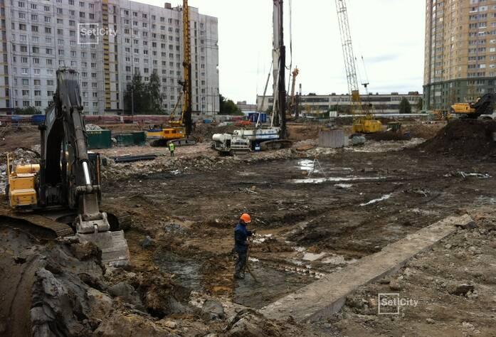 Завершаются работы по устройству ограждения котлована (тип «стена в грунте» с форшахтами), выполнено 99%.