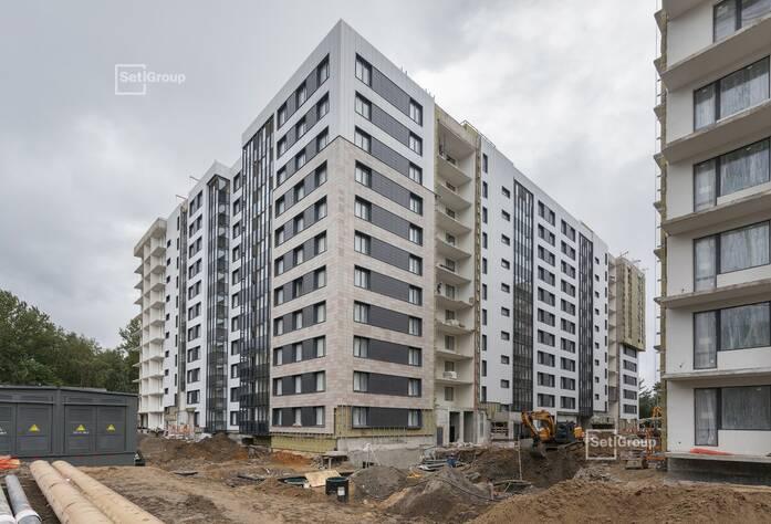 Ведутся работы по монтажу датчиков приборов АППЗ в МОП на уровне 11 этажа.