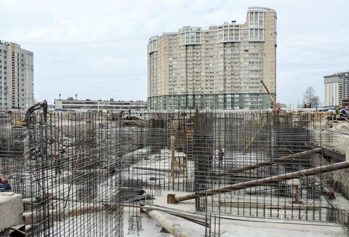 Завершены работы по демонтажу буронабивных касательных свай внутреннего ограждения котлована.