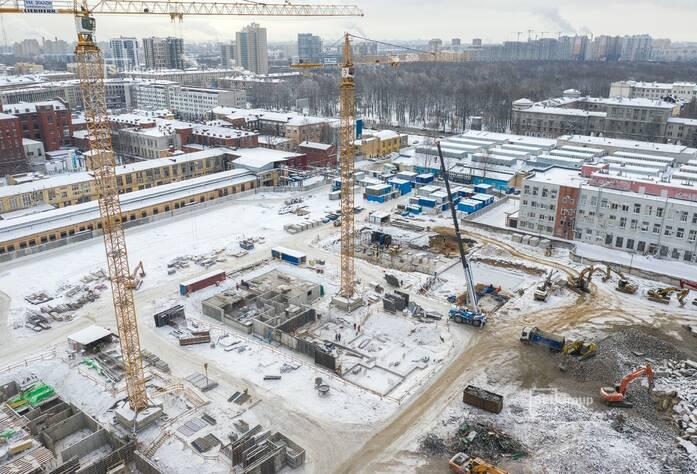 Завершается демонтаж надземной части зданий, готовность 95%.