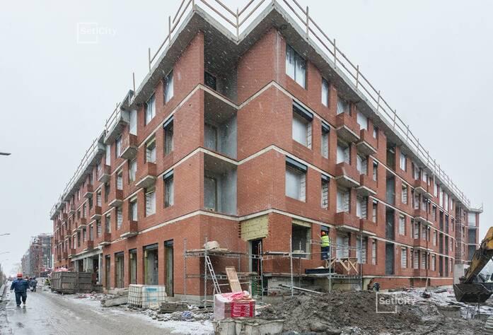 Завершаются работы по устройству инженерных коммуникаций в МОП и квартирах на уровне 4 этажа.