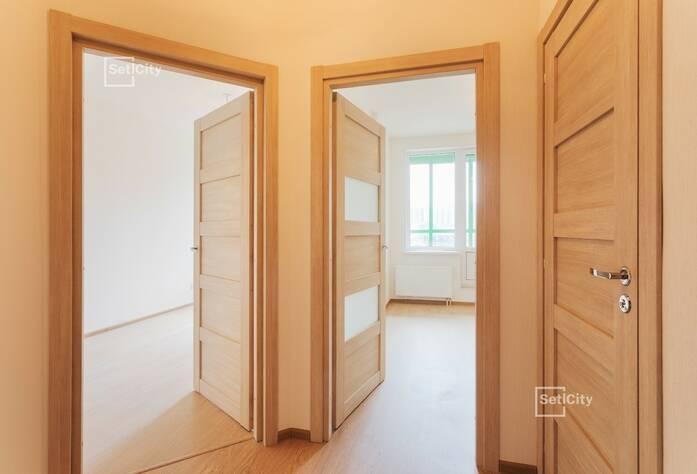 Завершаются работы по монтажу санфаянсовых изделий в с/у квартир, выполнено 95%.