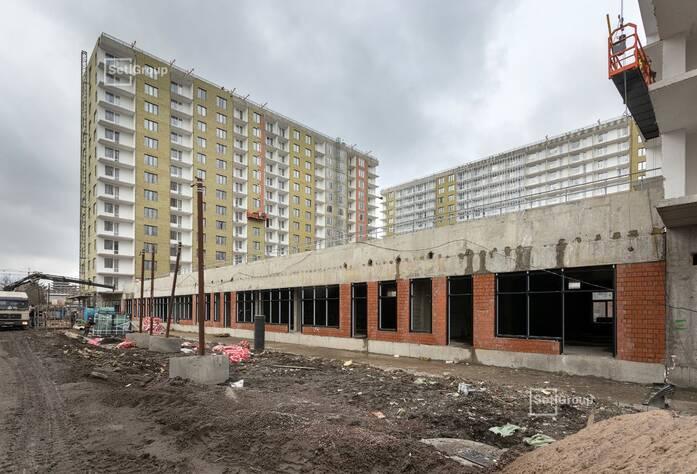 Завершены работы по монтажу оконных и дверных балконных блоков.
