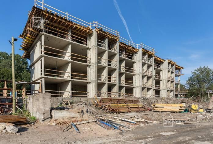 Завершены работы по устройству монолитных стен 4 этажа.