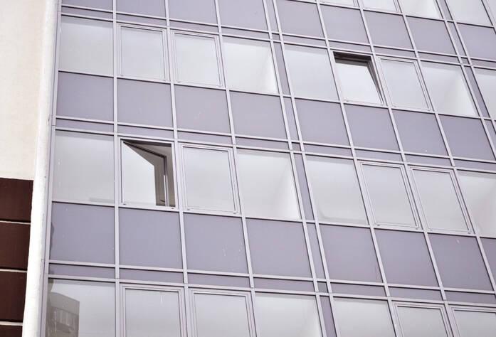 Фасад жилого комплекса «Монреаль» (17.02.2013)