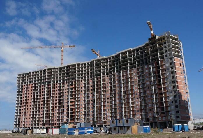Строительство жилого комплекса «Ленинский парк» участок 7 секции 1-6 (май 2013)