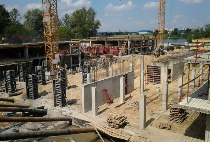 Строительство ЖК «Речной» (июль 2013)