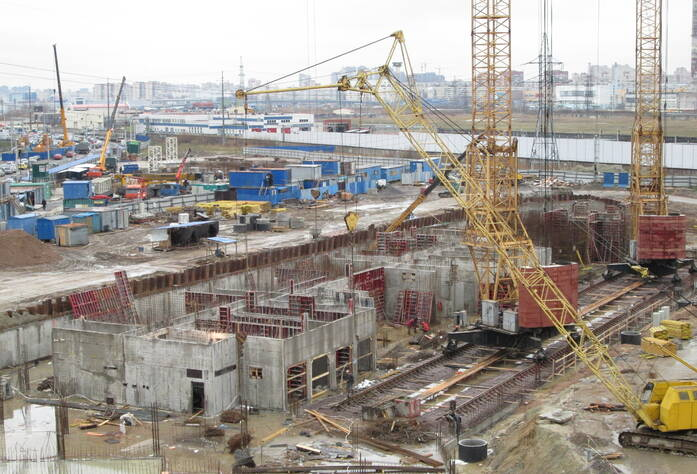 Строительство ЖК «Паркола» (осень 2013)