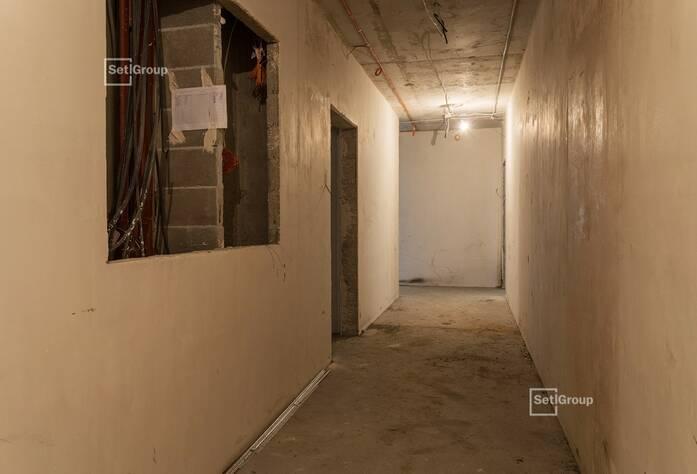 Выполнены работы по устройству каменной кладки наружных стен и внутренних перегородок на уровне 11 этажа.