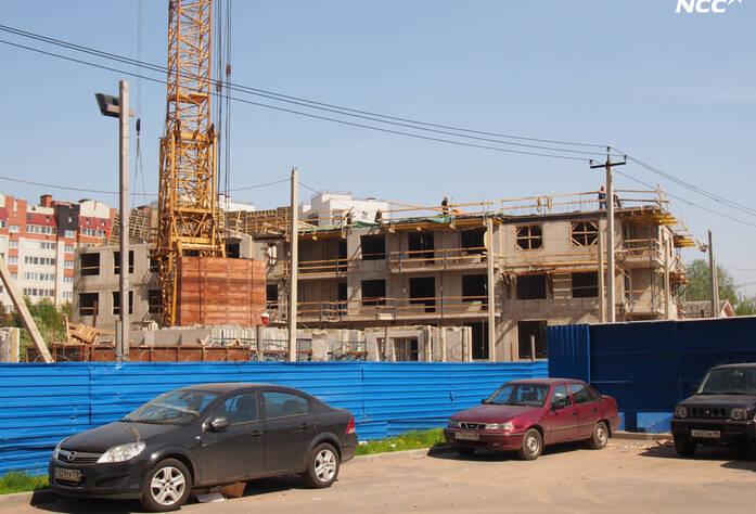 4 очередь жилого комплекса «Эланд» (май 2014)