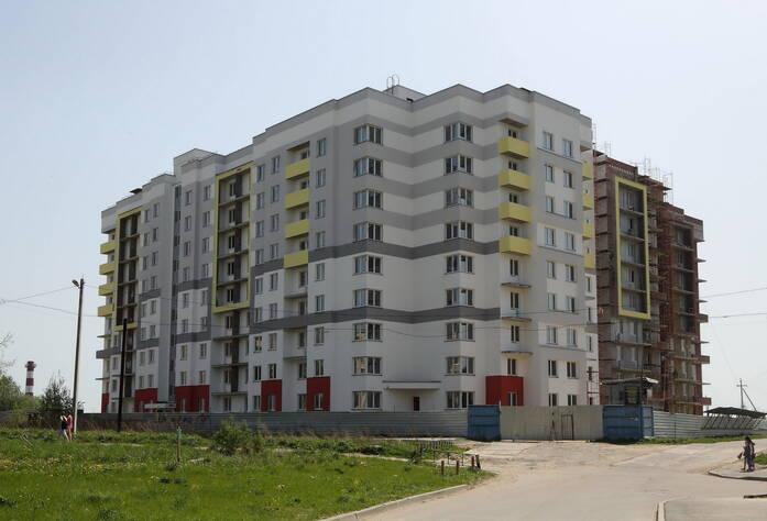 Строительство ЖК «Дом в Романовке» (13.05.2014)