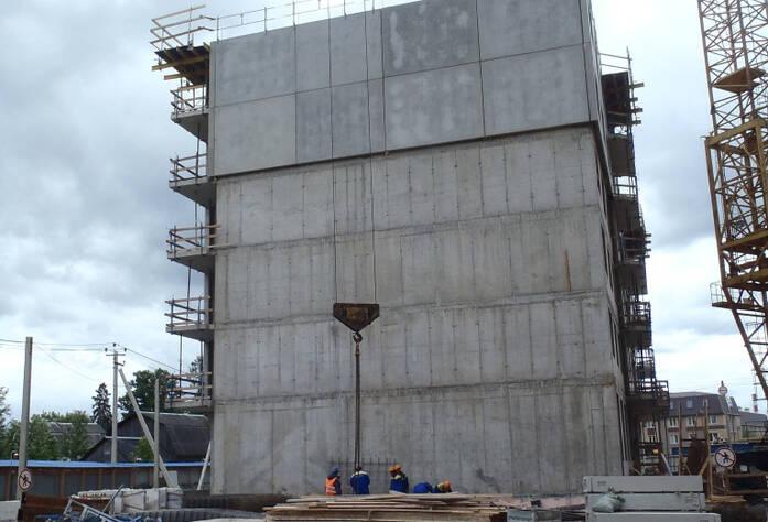 4 очередь жилого комплекса «Эланд» (июнь 2014)