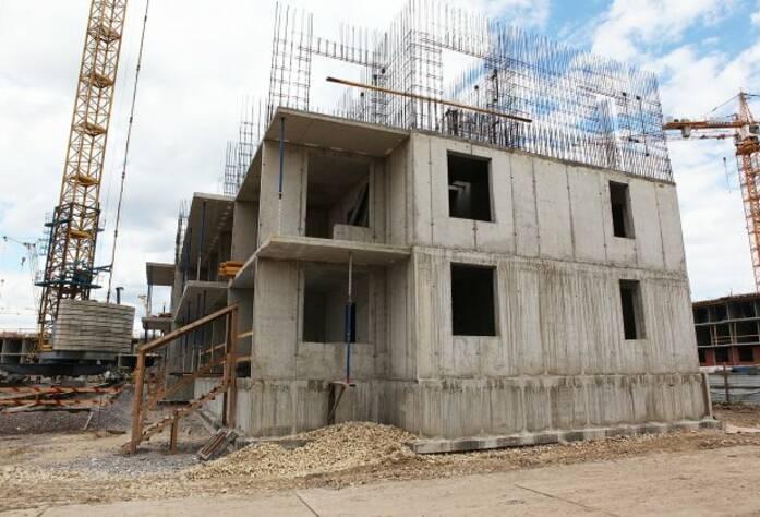 Строительная площадка ЖК «Вернисаж» корпус 2 (14.07.2014)