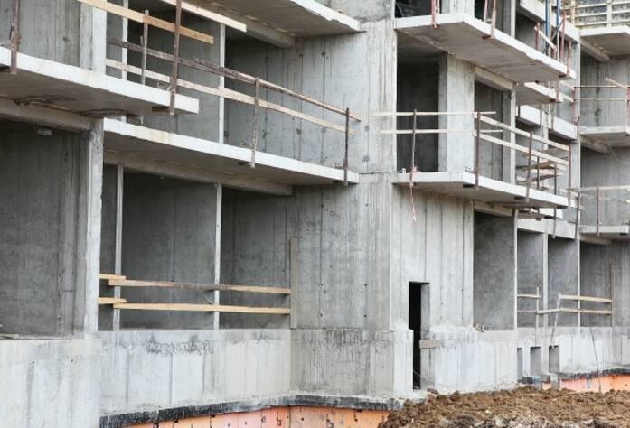 Строительная площадка ЖК «Вернисаж» корпус 6 (14.07.2014)