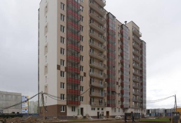 ЖК «Семь столиц», квартал ВЕНА, дом 42, июнь 2014