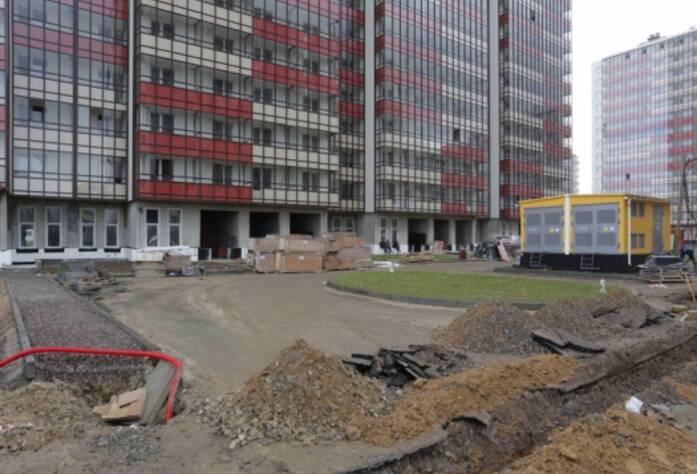 ЖК «Семь столиц», квартал ВЕНА, дом 43, июнь 2014