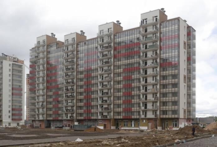 ЖК «Семь столиц», квартал ВЕНА, дом 44, июнь 2014