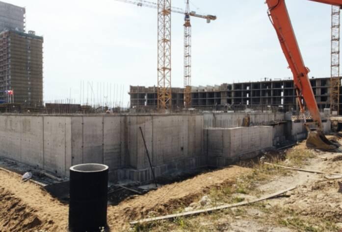 Строительство ЖК «GreenЛандия», корп. 8б, июль 2014 г.