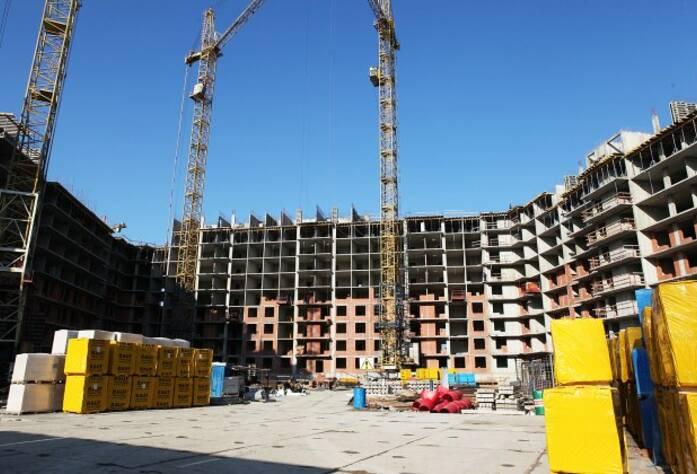 Строительство ЖК «Вернисаж» (сентябрь 2014)