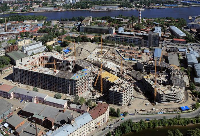 Строительство ЖК «Самоцветы» (июль 2014)