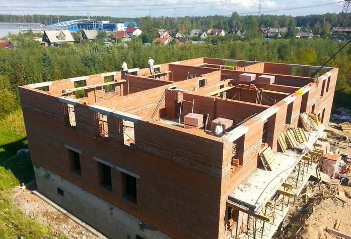 Строительство 2 корпуса ЖК «Veda Village» (сентябрь 2014)