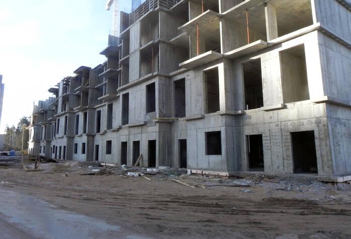 Ход строительства ЖК «Ямбург Сити» (апрель 2014)
