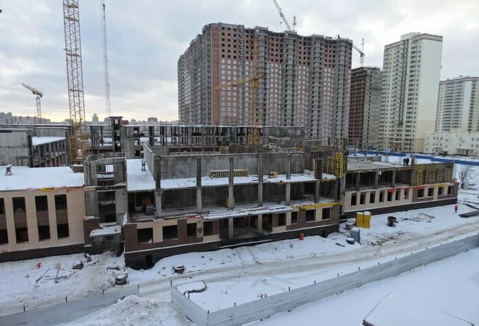 ЖК «Солнечный», школа (февраль 2015)