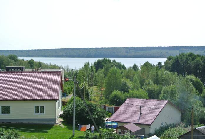 Вид на Полянское озеро