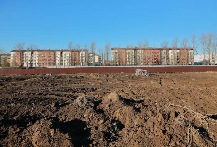 ЖК «Дом с фонтаном»: территория строительства (03.11.2015)