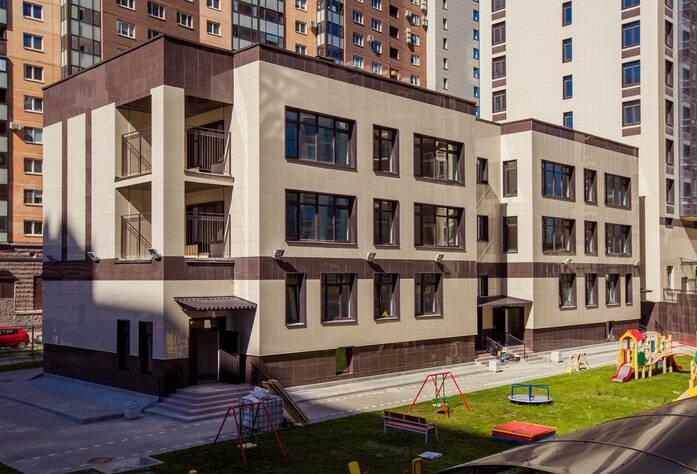 ЖК «Гранд Фамилия» (инфраструктура комплекса, 11.07.14)
