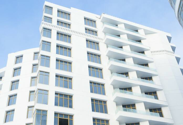 ЖК «Леонтьевский мыс»: Готовые фасады секции «Мальта»