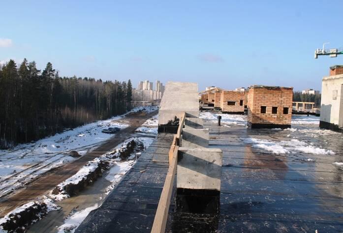 Жилой комплекс «Солнце»: ход строительства (крыша)