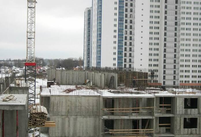 ЖК «Правый Берег-3»: внешний вид здания (29.03.2016)
