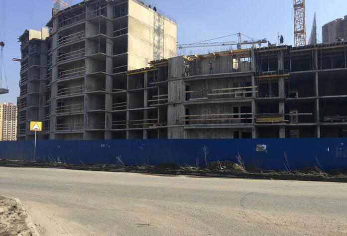 ЖК «Новый Оккервиль»: Вид на секции 7-6 с Областной ул., 4 очередь (29.03.2016)