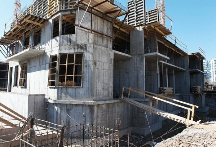 ЖК «Вернисаж»: ход строительства корпуса 7