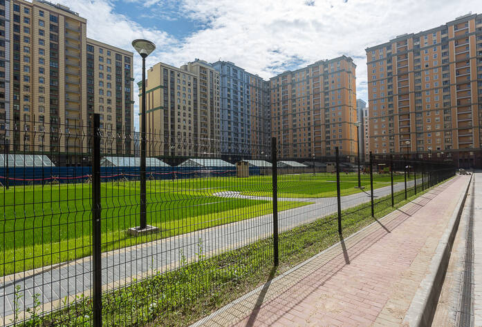 ЖК «Времена года»: придомовая территория у корпуса 2