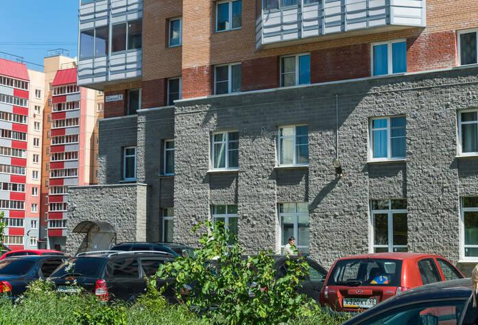 ЖК «в поселке Тельмана (микрорайон № 1)»: первые этажи и придомовая территория корпуса 1