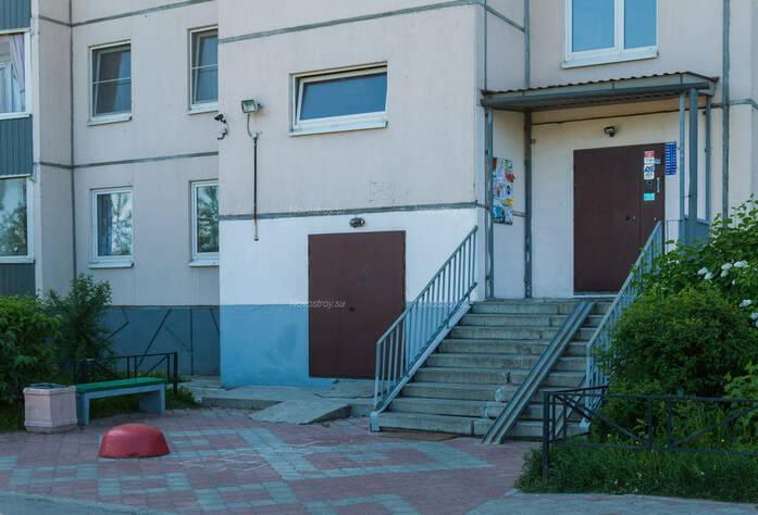 ЖК «в поселке Тельмана (микрорайон № 1)»: парадная здания