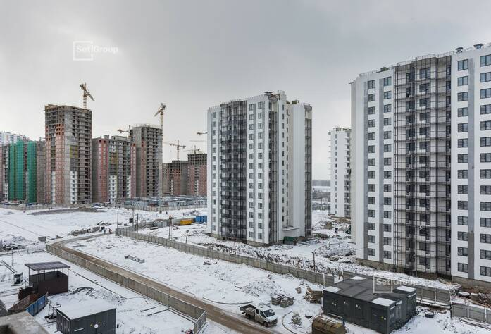 Завершены работы по устройству фасадов с балконов и лесов.