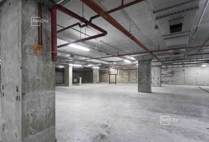Завершены работы по горизонтальной разводке систем водоснабжения, канализации, отопления и вентиляции в подвале.
