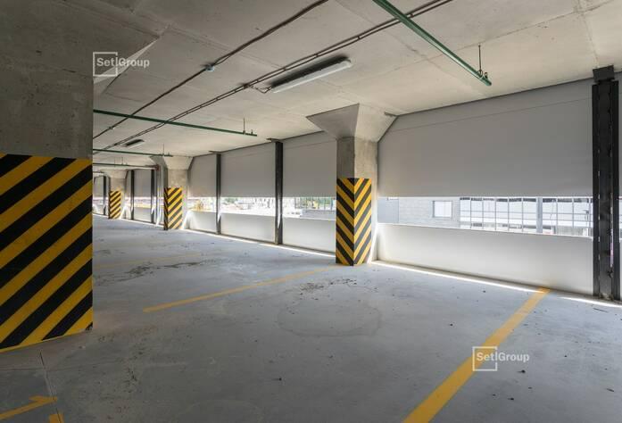 ЖК «Философия на Московской»: ход строительства (надземная парковка)