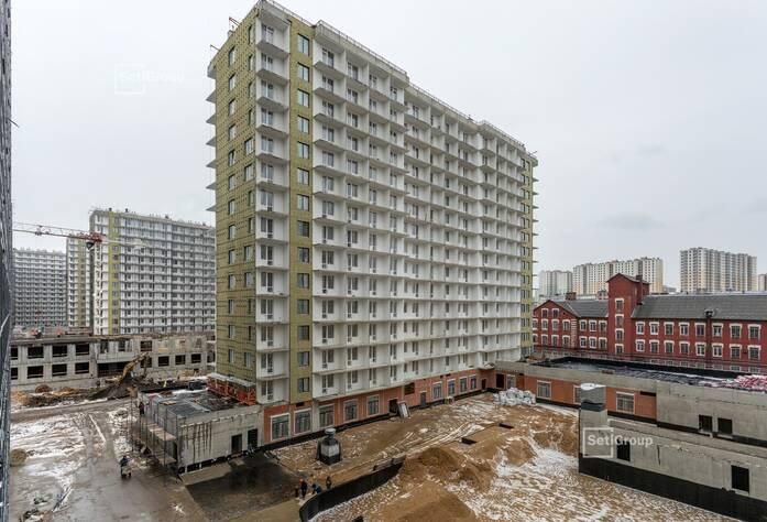 Завершены штукатурные работы в квартирах и МОП.