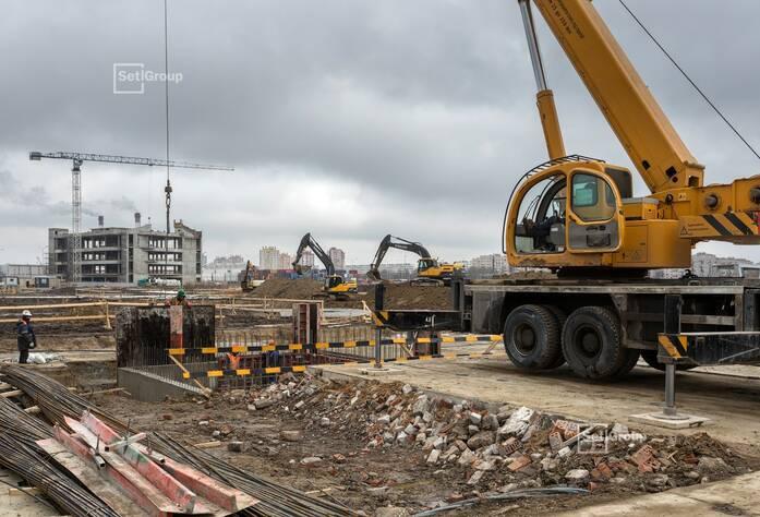 Ведутся работы по организации строительной площадки.
