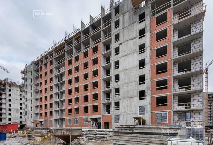 Завершены работы по устройству стен и плит перекрытий 9 этажа.