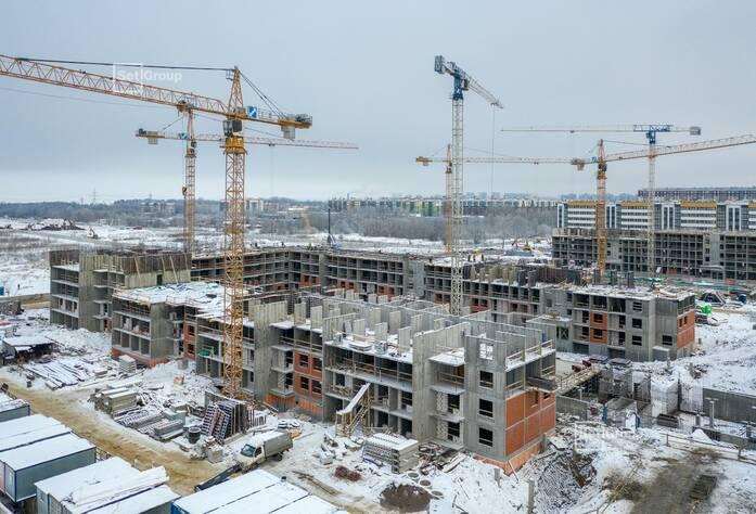 Завершены работы по устройству железобетонных конструкций 3 этажа.