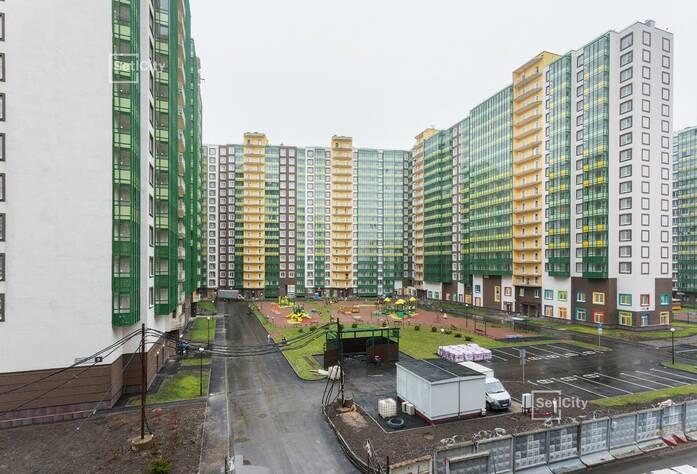 Закончены работы по устройству фасада с переходных балконов 1-5 секций.