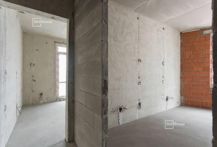 Выполняются работы по кабельной разводке по квартирам на уровне 6-8 этажей.